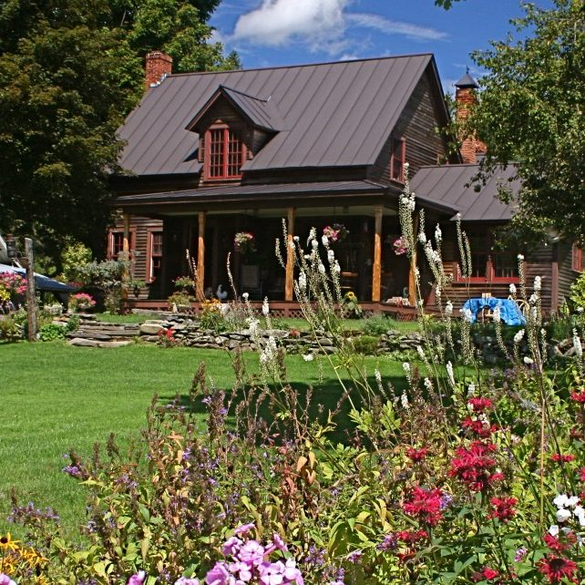 farmhouse-gardens